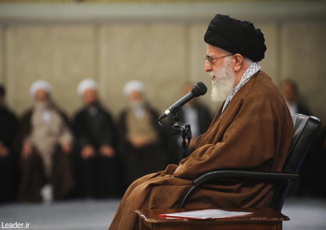 مشکلات کشور با روحیه و تفکر انقلابی حل خواهد شد