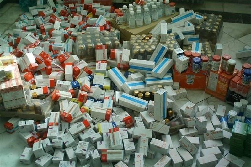 هر خانواده ایرانی سالانه ۲۰۰ دلار دارو مصرف می کند