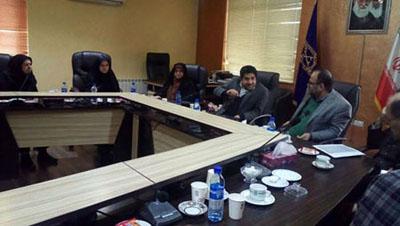 هدف اصلی در برگزاری جشنواره رویش در شهر رشت برند سازی این شهر در سطح ملی و بین المللی است