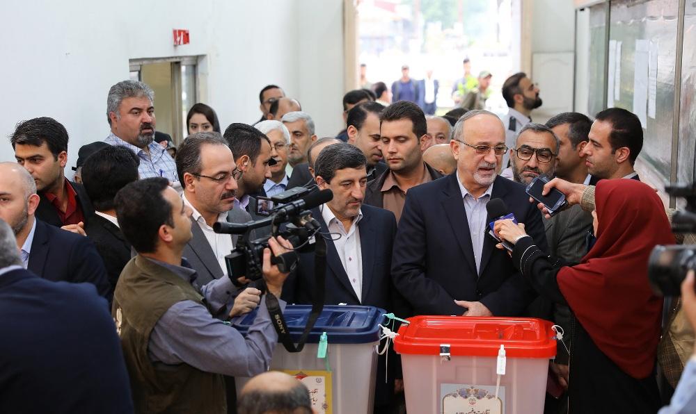 برگزاری انتخابات ریاست جمهوری و شورای شهر در رشت/به روایت تصویر