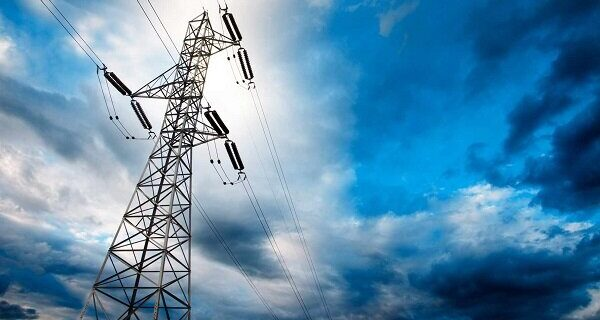 میزان تولید برق در کشور ۶۵ درصد کمتر از مصرف است