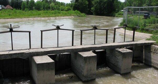 قطع آب کشاورزی اراضی شالیزارهای مناطق مرکزی گیلان