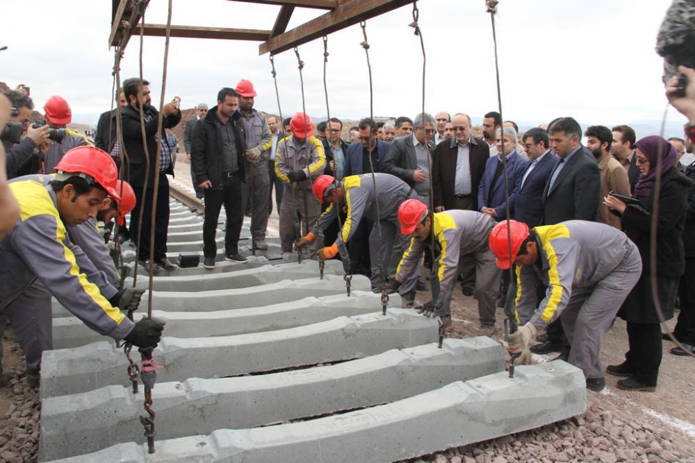 اختصاص پنج هزار میلیارد ریال اعتبار برای تکمیل راه آهن رشت – قزوین