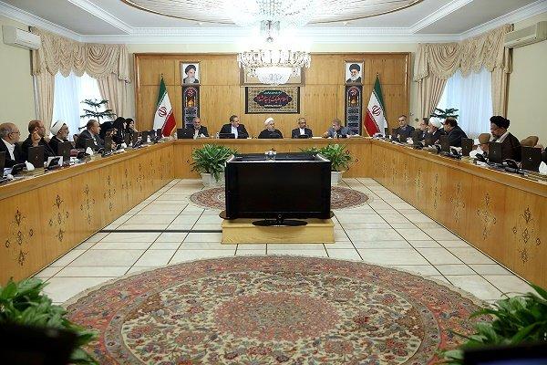 دولت ٣ روز عزاى عمومى و ٢١ دی را تعطیل اعلام کرد