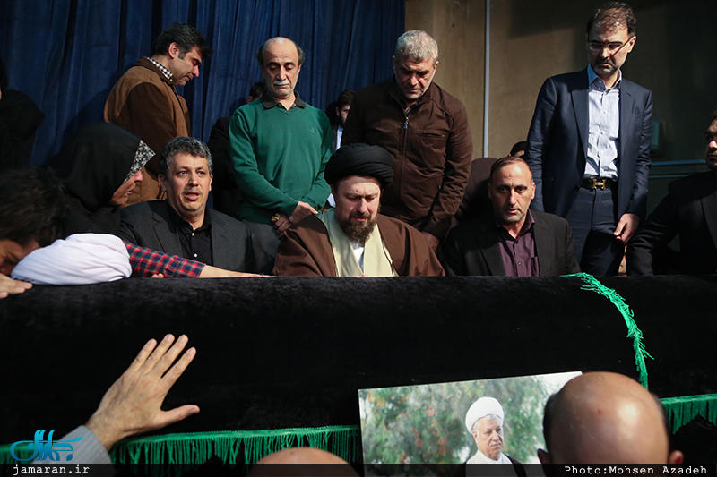 مراسم وداع با پیکر آیت الله هاشمی رفسنجانی(ره) در حسینیه جماران/به روایت تصویر
