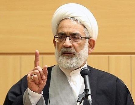 نظام اسلامی بر دوپایه اسلام و مردمسالاری دینی استوار است