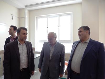 بازدید از پروژه شهید رجایی صومعه سرا با حضور مدیر کل نوسازی مدارس گیلان وسخنگوی کمیسیون اقتصادی مجلس