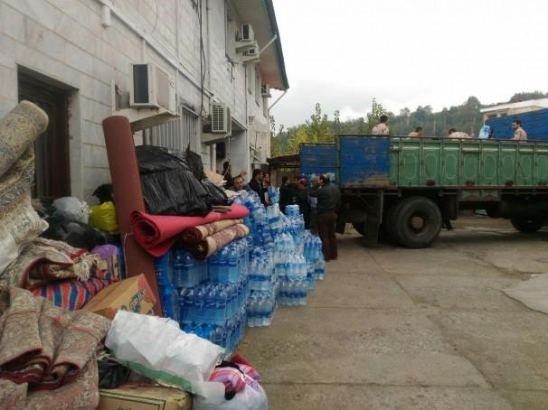تداوم ارسال کمک از گیلان به مناطق زلزله زده