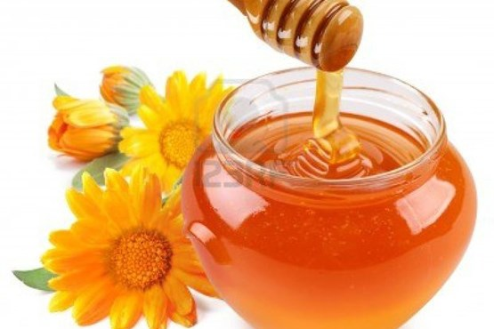 ۸ معجزه درمانی آب عسل برای بدن+اینفوگرافیک